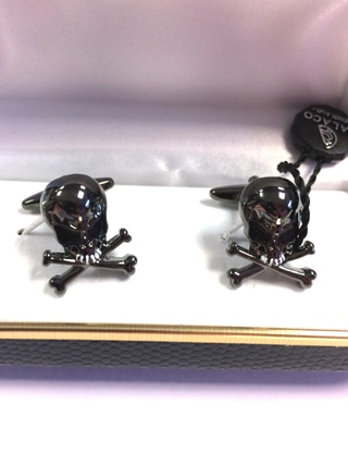 Skull & Crossbone Cufflinks  from Cufflinks